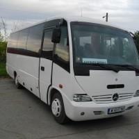 Автобус под наем – Mercedes Medio